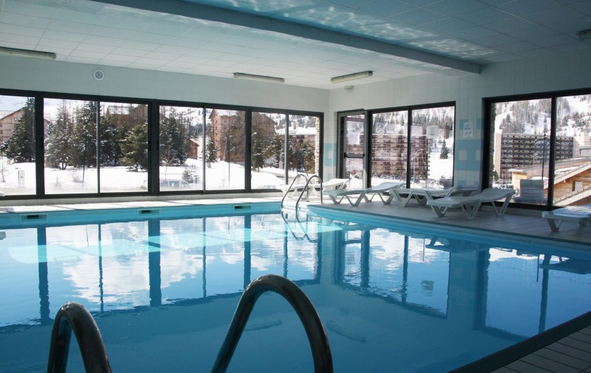 Location de vacances - Chalet à Le Dévoluy - Piscine chauffée et sauna  (espace commun réservé à la clientèle du Hameau