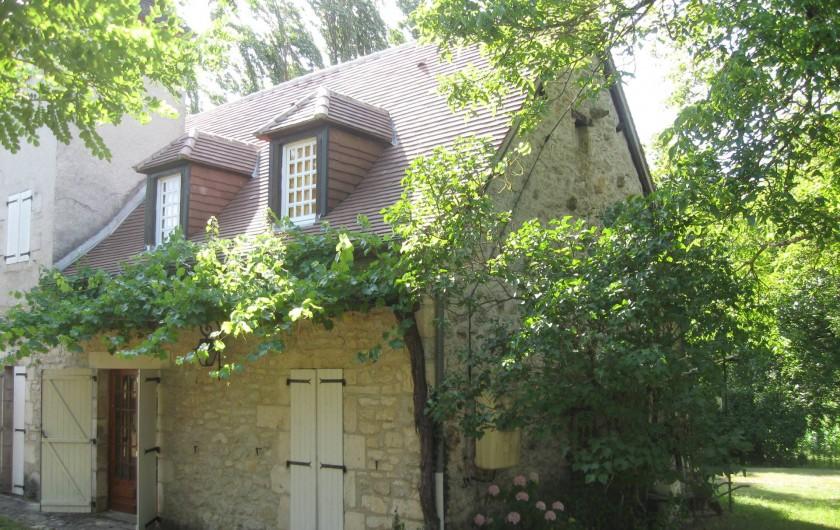 Location de vacances - Maison - Villa à Lacave - Votre façade côté piscine- (2013)