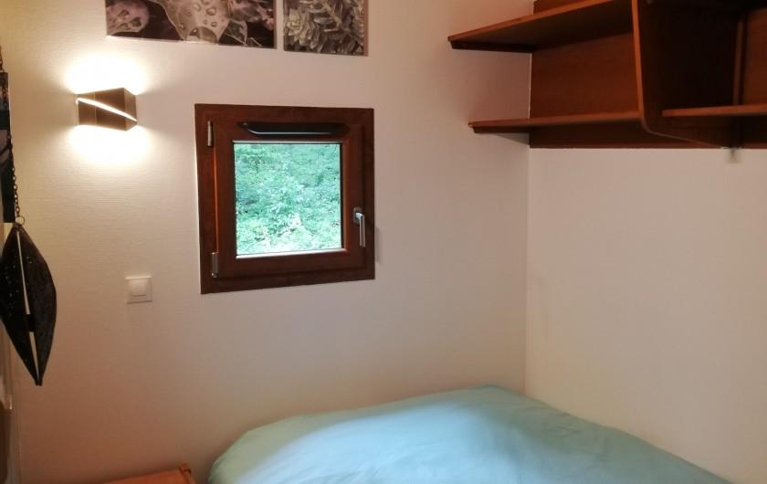Location de vacances - Chalet à Osenbach - chambre 2 a l'étage avec un lit double 140x190