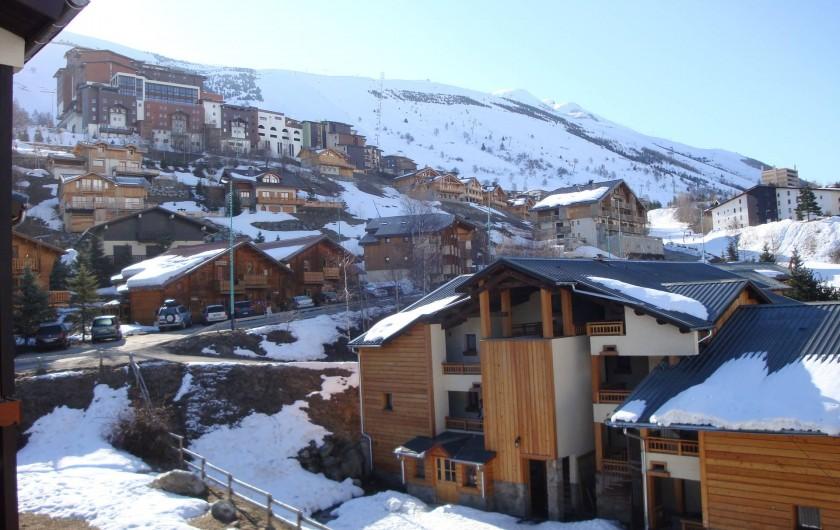 Location de vacances - Appartement à Les Deux Alpes - Au sud : vue sur l'Alpe de Venosc