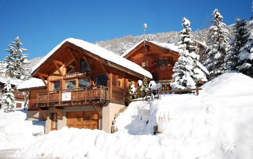 Location de vacances - Chalet à La Salle-les-Alpes - façade sud