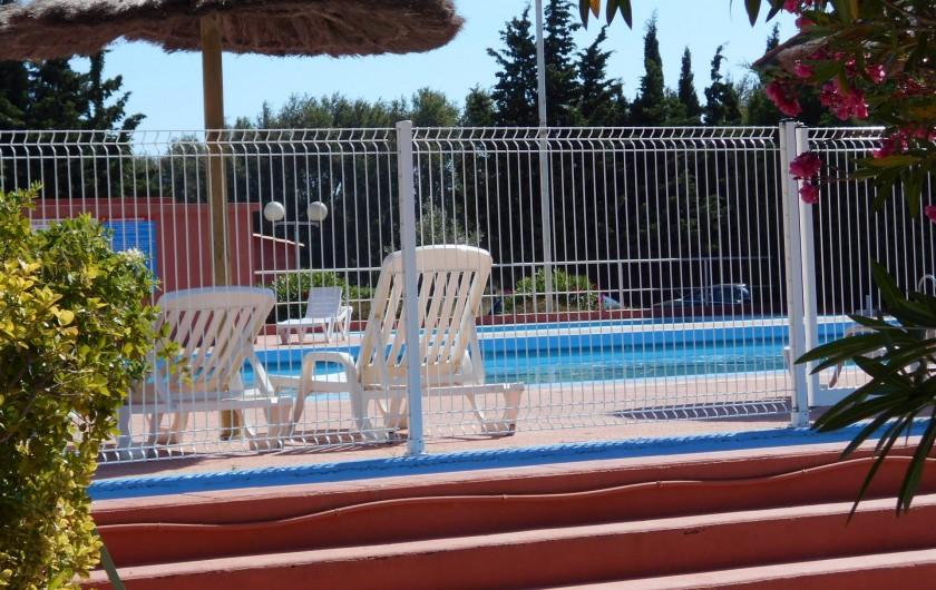Location de vacances - Appartement à Alénya - Piscine de l'hotel qui fait partie de la résidence
