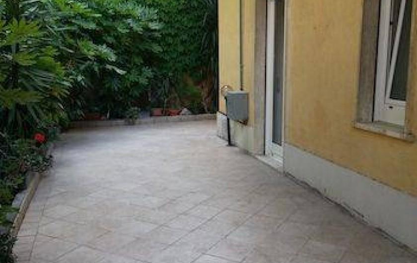 Location de vacances - Appartement à Ospedaletti - Terrasse