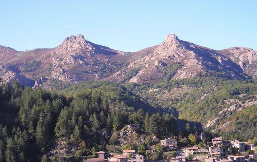 Location de vacances - Gîte à Jaujac - vue environnement