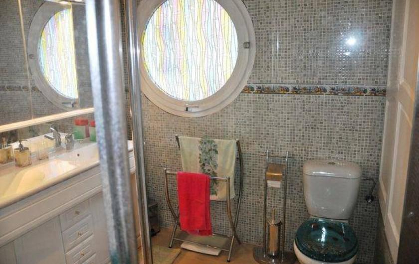 Location de vacances - Maison - Villa à Llançà - salle de bain étage