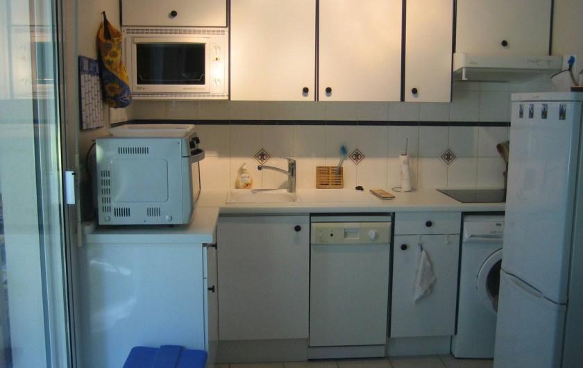 Location de vacances - Appartement à Argelès-sur-Mer - cuisine aménagée
