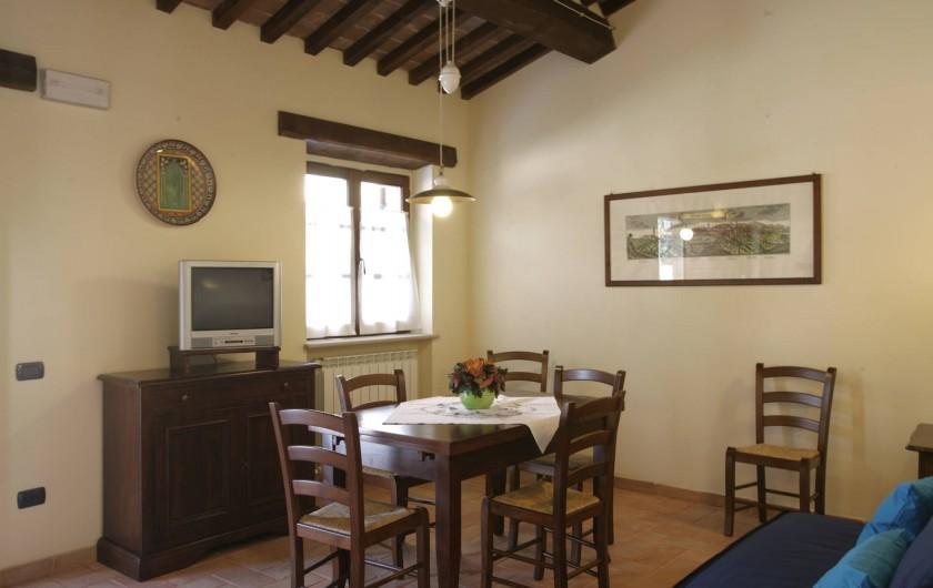 Location de vacances - Appartement à Gubbio - Séjour appartement Ginestra