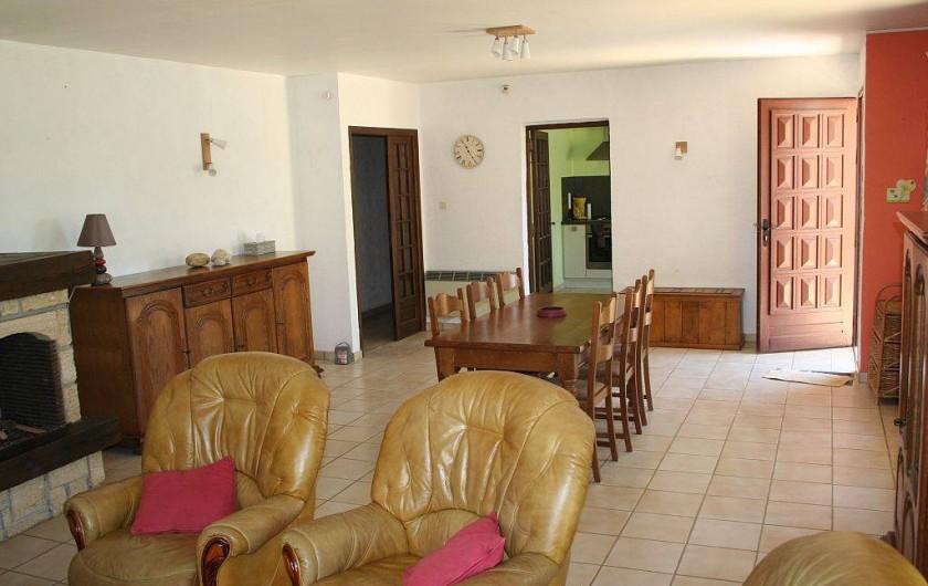 Location de vacances - Villa à Saint-Julien-de-Peyrolas