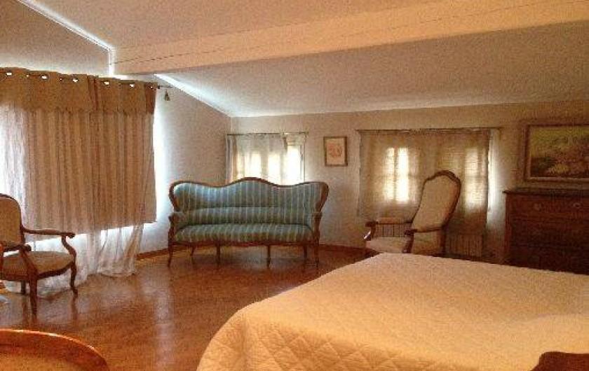 Location de vacances - Villa à Sarrians - chambre avec vue sur le Mont Ventoux