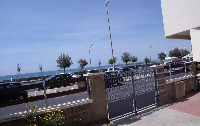 Location de vacances - Appartement à Le Grau d'Agde - portail entrée