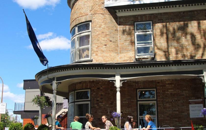 Location de vacances - Hôtel - Auberge à Ville de Québec - Petit-déjeuner sur le balcon