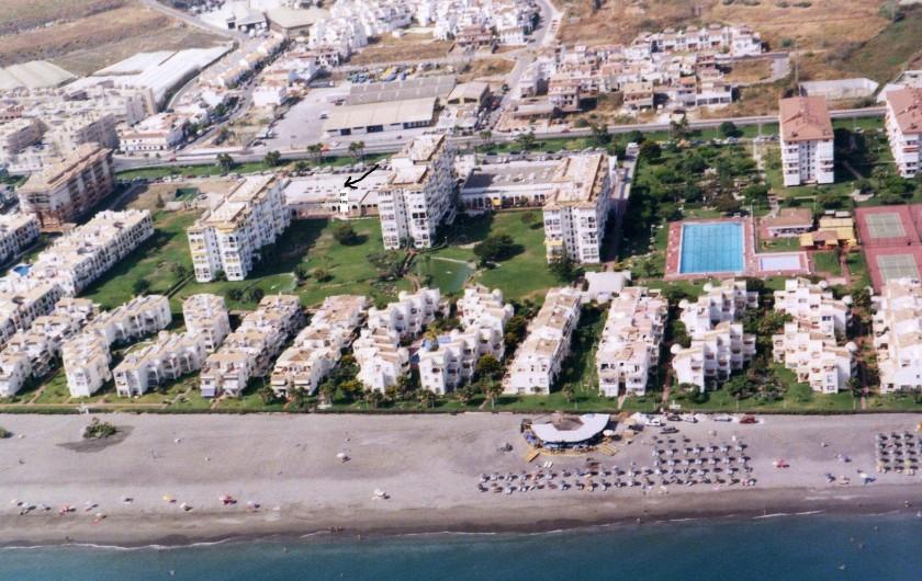 Location de vacances - Appartement à Torrox Costa - VUE PANORAMIQUE DE L'URBANISATION