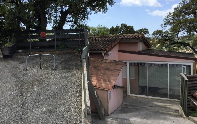 Location de vacances - Maison - Villa à Bormes-les-Mimosas - Parking