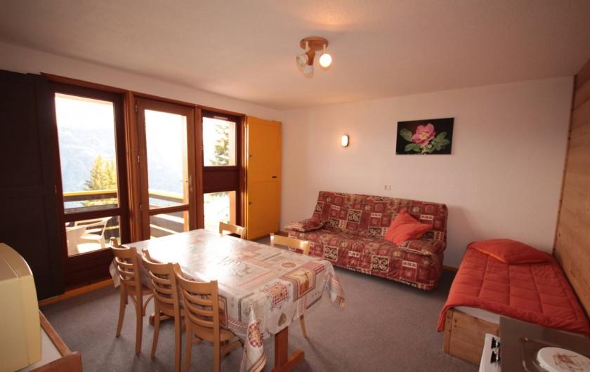 Location de vacances - Chalet à Les Saisies - Appart Pierra Menta 5 pers Balcon plein sud vue imprenable.