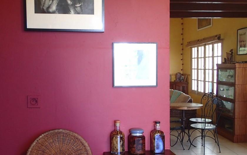 Location de vacances - Villa à La Saline-Les-Bains - Cuisine (Vue vers Salon)