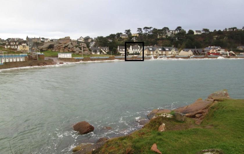 Location de vacances - Villa à Trébeurden - Plage un soir de grande marée.