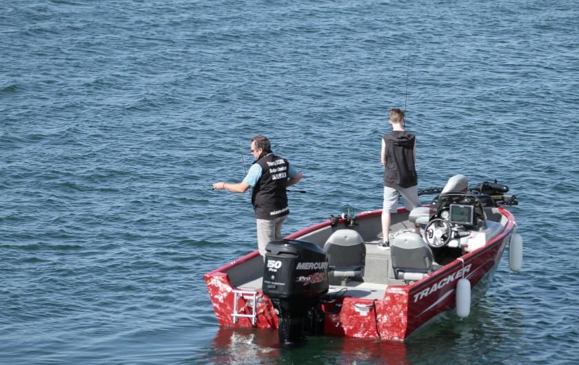 Location de vacances - Gîte à Isle-sur-Marne - bateau guidage pêche et balade