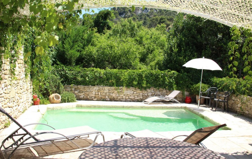 Location de vacances - Appartement à Robion - Piscine