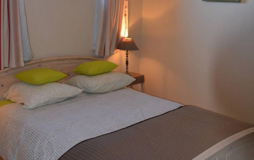 Location de vacances - Gîte à Les Assions - chambre 1 lit double