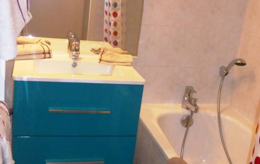 Location de vacances - Chalet à L'Alpe d'Huez - Salle de bain