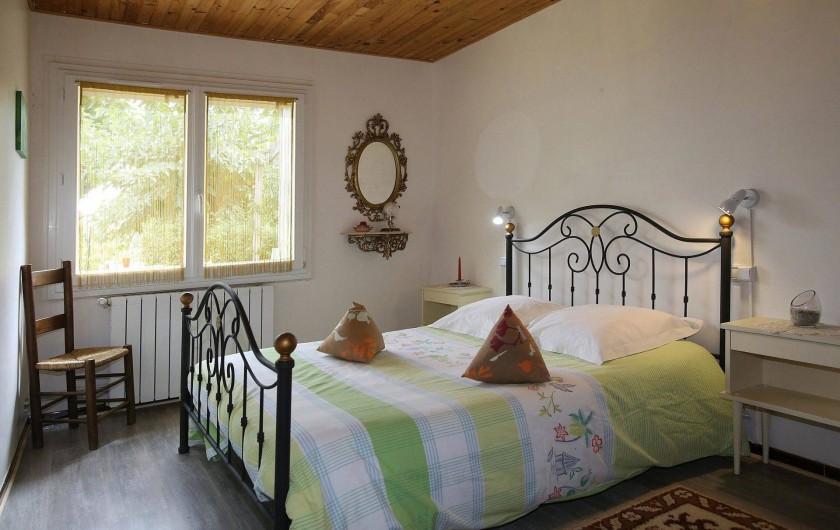 Location de vacances - Gîte à Salvagnac - La chambre parentale