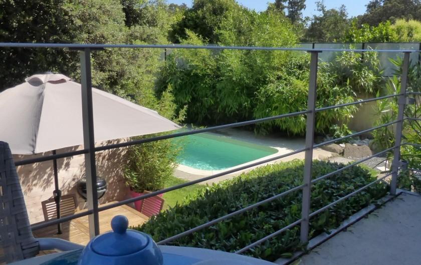 """Location de vacances - Gîte à Grillon - Terrasse ombragé  """"Côté Ventoux"""""""