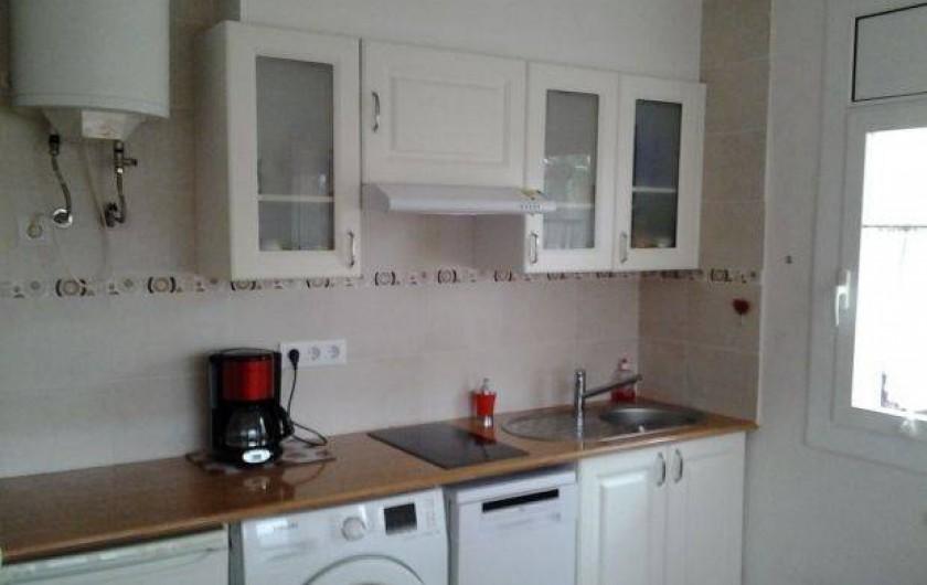 Location de vacances - Appartement à Roses - cuisine