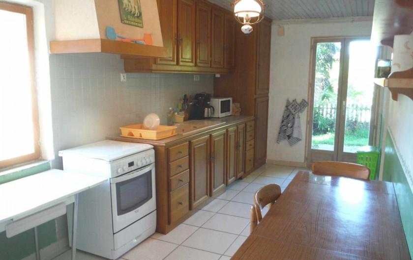 Location de vacances - Gîte à Mirmande - la cuisine équipée