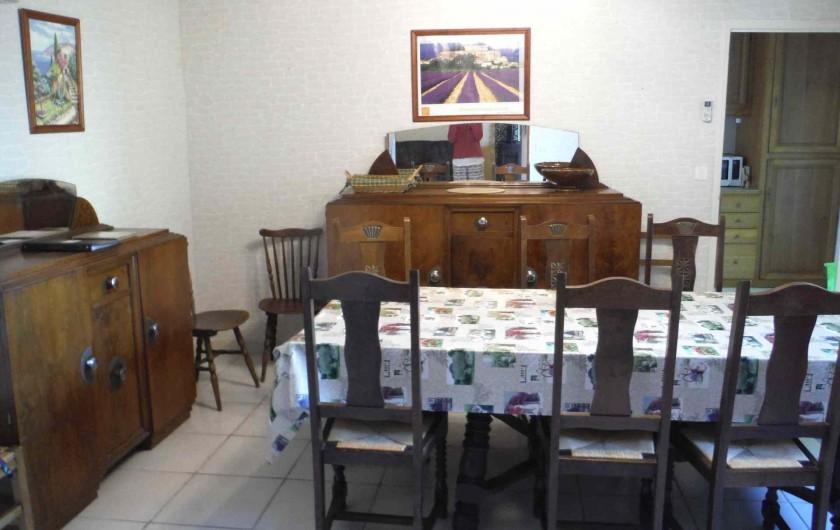Location de vacances - Gîte à Mirmande - la salle à manger
