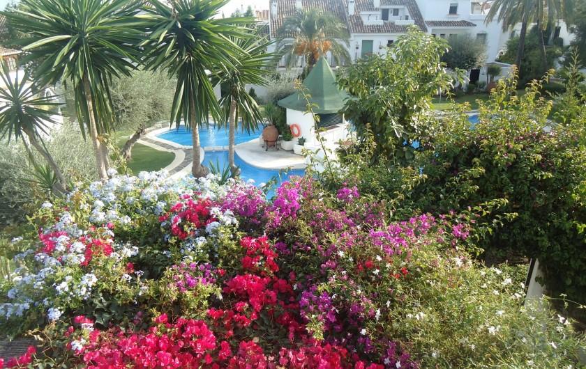 Location de vacances - Chalet à Marbella - vue depuis la 1ère chambre
