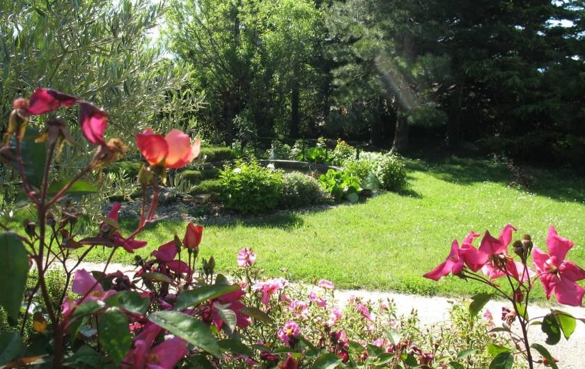 Location de vacances - Chambre d'hôtes à Marsanne - jardin
