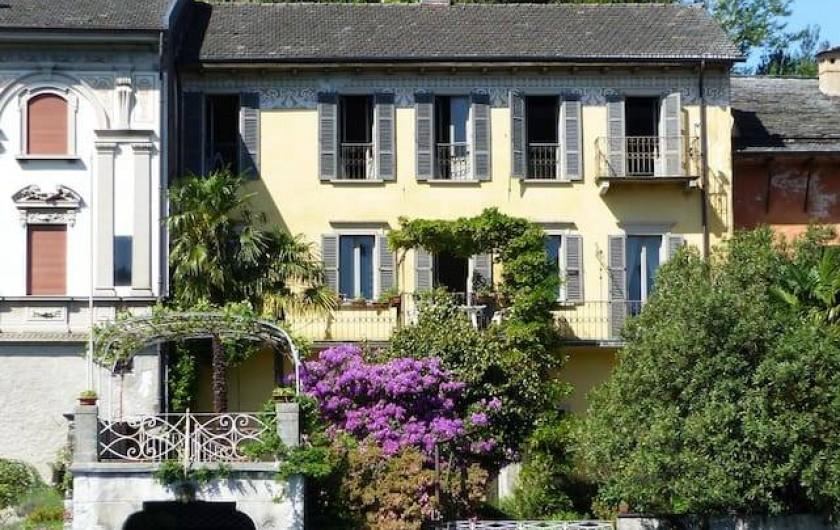 Location de vacances - Villa à Isola San Giulio - Facade vers le lac