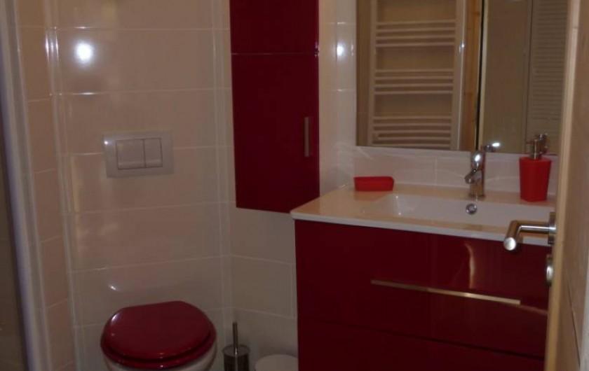 Location de vacances - Appartement à Le Corbier - salle de bain  avec WC