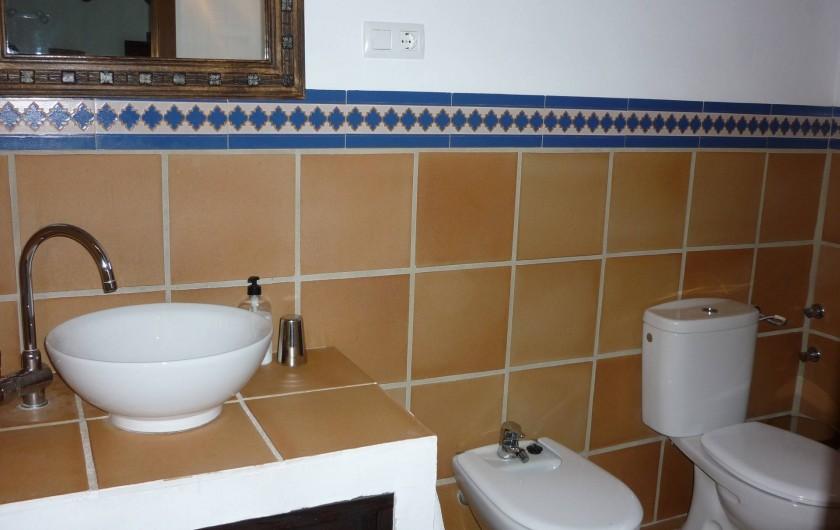 Location de vacances - Gîte à Fuentes de Cesna - Une salle de bains