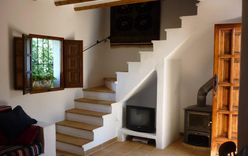 Location de vacances - Gîte à Fuentes de Cesna - L'escalier du salon de Casita Perdiz
