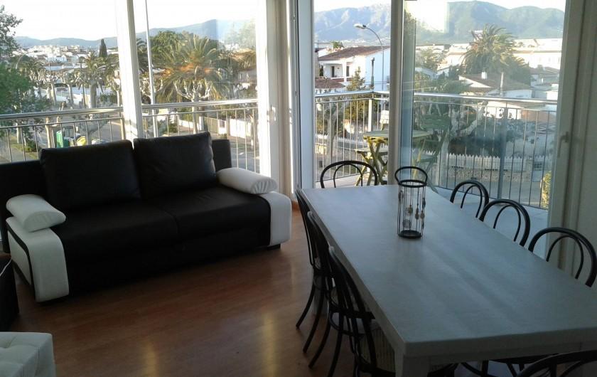 Location de vacances - Appartement à Empuriabrava - salle a manger salon