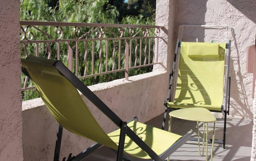 Location de vacances - Appartement à Six-Fours-les-Plages - terrasse au sud