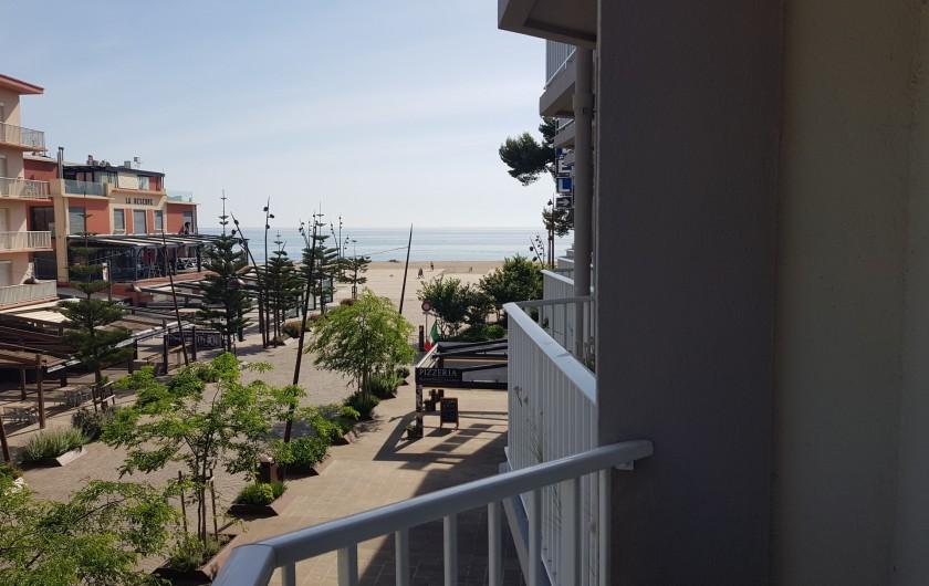 Location de vacances - Appartement à Argelès-sur-Mer - vue sur la mer