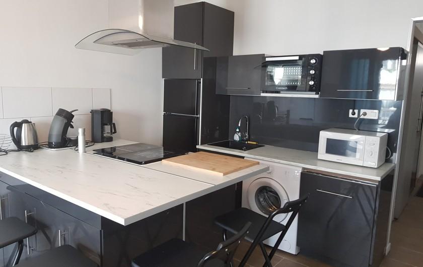 Location de vacances - Appartement à Argelès-sur-Mer - cuisine complète