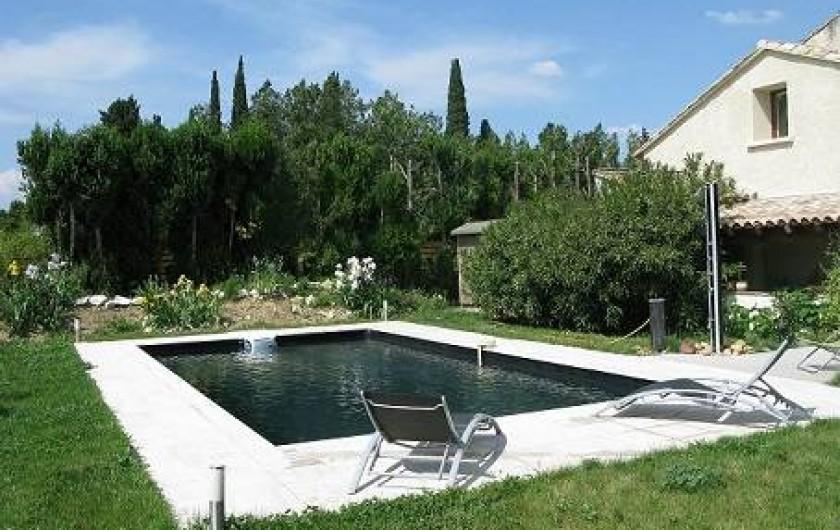 Location de vacances - Chambre d'hôtes à Saint-Geniès-de-Comolas - La piscine