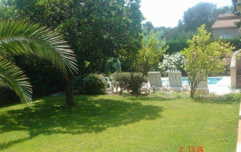 Location de vacances - Villa à Saint-Aygulf - Jardin