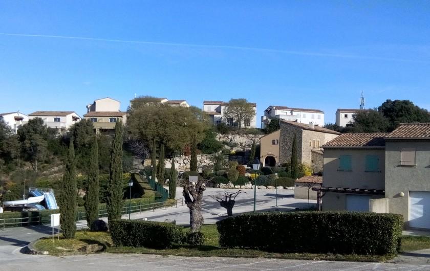 Location de vacances - Maison - Villa à Salavas - Maison sur les hauteurs de la résidence