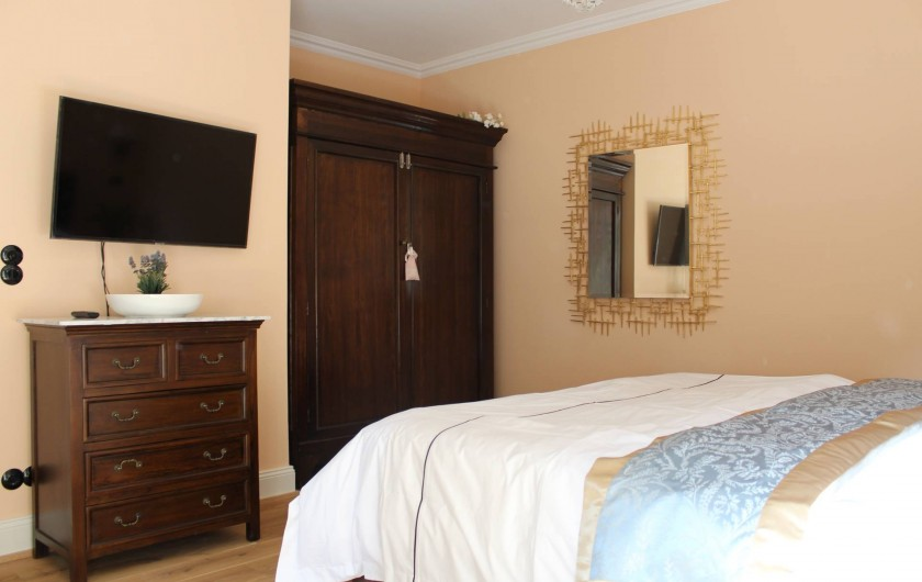 Location de vacances - Appartement à Bad Ems - Chambre à coucher avec grand lit