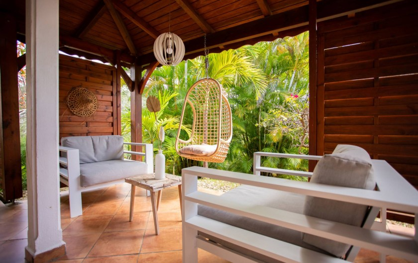 Location de vacances - Villa à Sainte-Anne - SALON EXTÉRIEUR VILLA FOUFOU