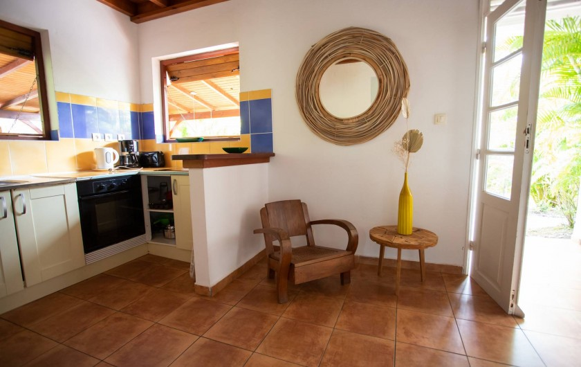 Location de vacances - Villa à Sainte-Anne - ENTRÉE CUISINE FOUFOU