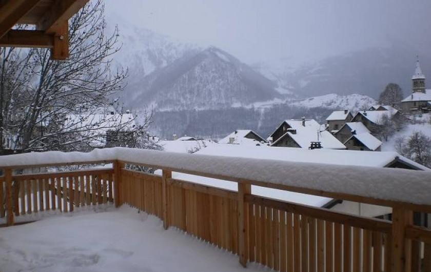 Location de vacances - Chalet à Mizoën - terrasse l'hiver