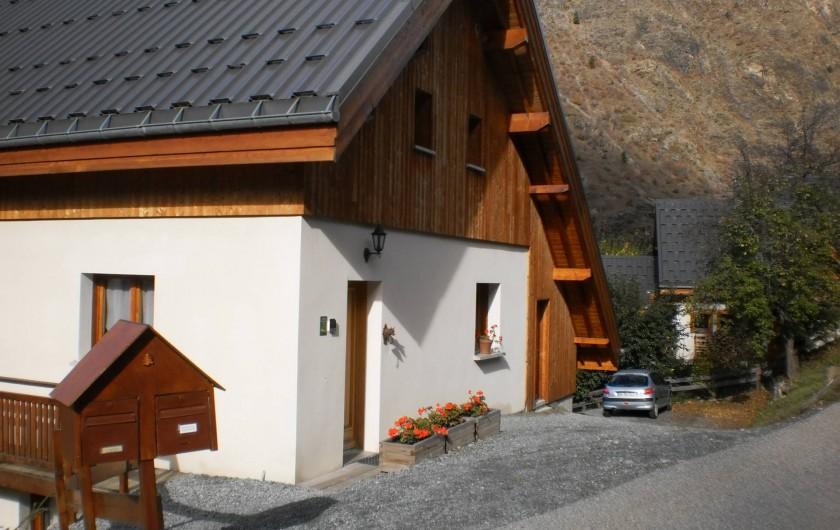 Location de vacances - Chalet à Mizoën - côté entrée l'été