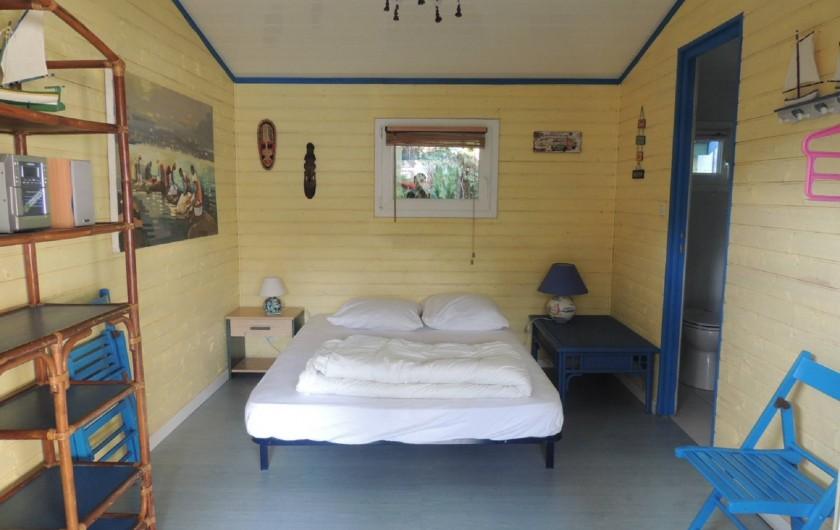 Location de vacances - Villa à Lacanau Océan - Chambre double indépendante avec salle d'eau/wc