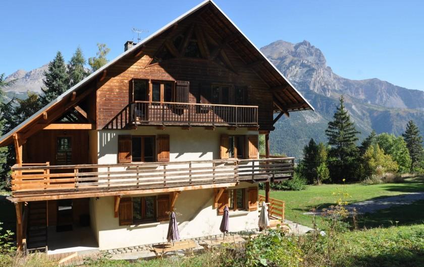 Location de vacances - Chalet à Puy-Saint-Vincent - le chalet à l'automne