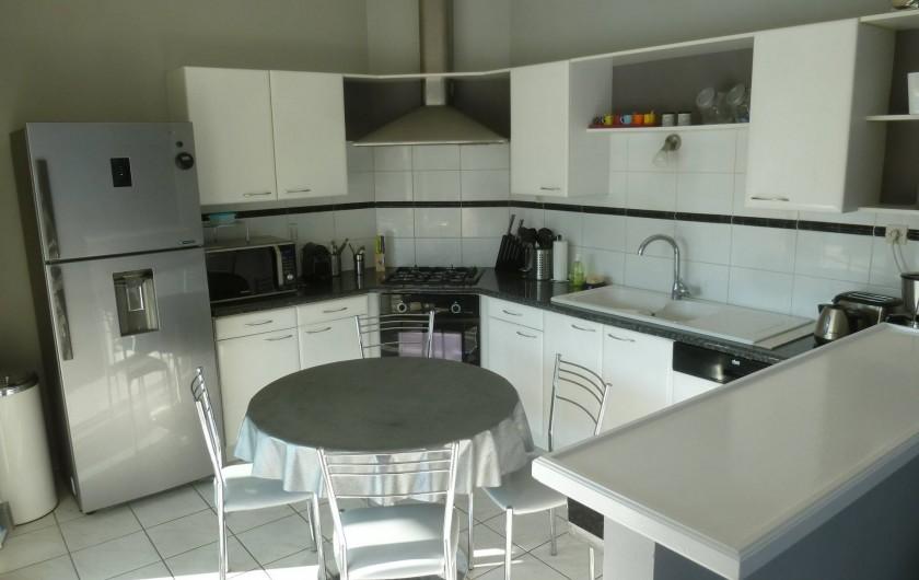 Location de vacances - Villa à Arès - cuisine
